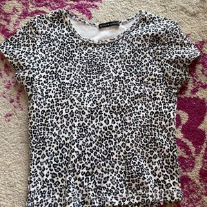 Black and white leopard brandy tee